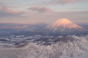 这里是日本?!只有冬天才能见到的精选10处白色北海道绝景