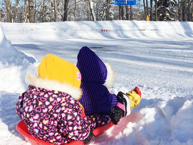chirdren's winter in hokkaido