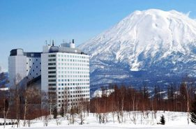 What a Beautiful Silky Snow! Why We Chose Niseko Village Ski Resort