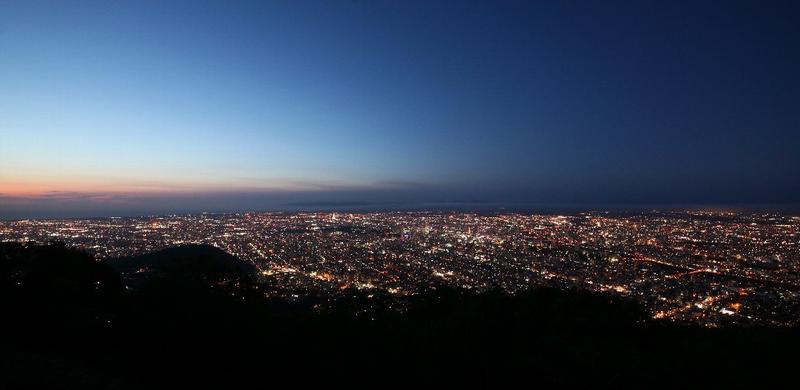 札幌もいわ山の夜景