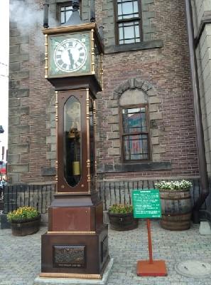 小樽メルヘン交差点の蒸気時計