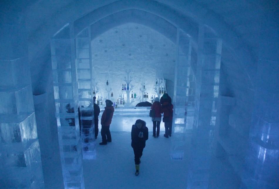 しかりべつ湖コタン・氷のバー