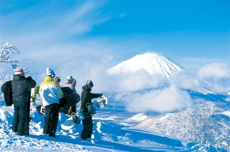 rusutsu-ski-from-mount-izora-1