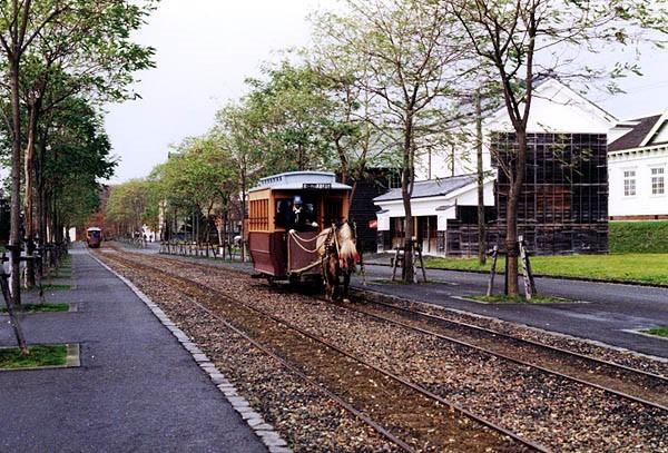 mori-no-charenga-horsetrain