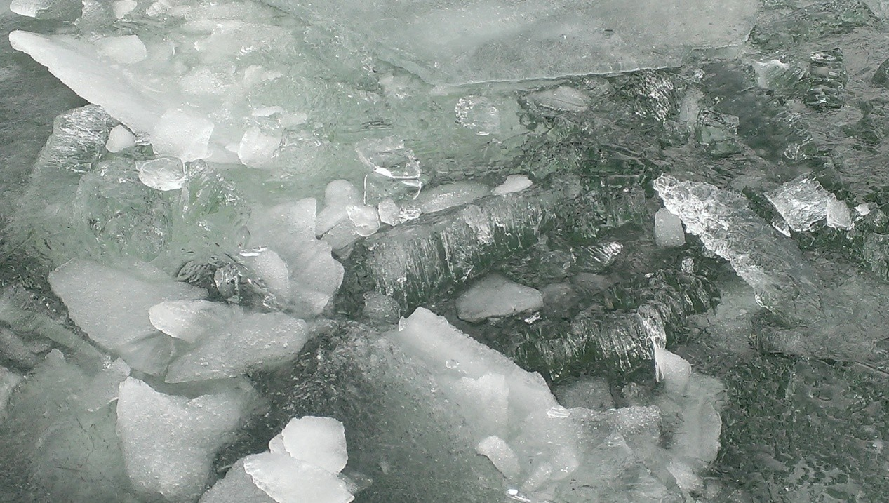 akanko-ice-image1