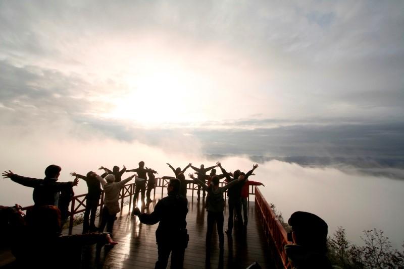雲海テラスでヨガ体験