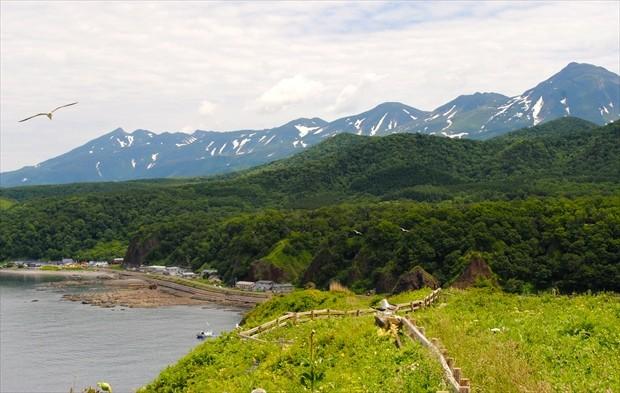 知床の山々