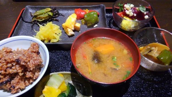 札幌の自然派レストラン