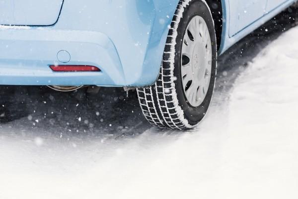 冬タイヤイメージ