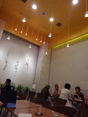 KINOTOYA Cafe店内