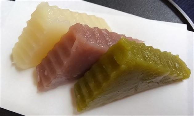 高橋商事「深川名物ウロコダンゴ」
