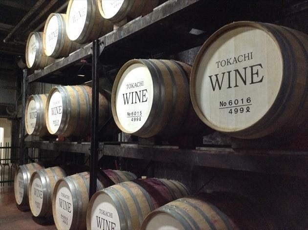 池田ワイン城 地下熟成室