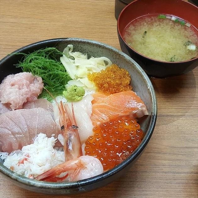 小樽ポセイ丼 堺町総本店 ポセイ丼
