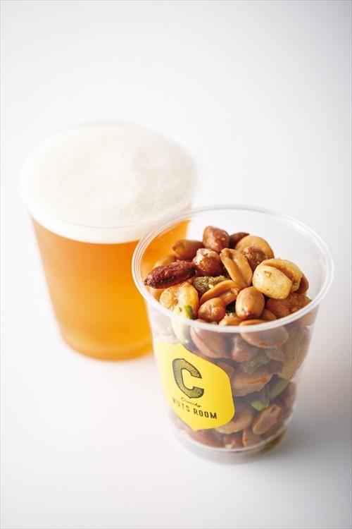 クランチーナッツルーム クランチ―ナッツカップとクラフトビールセット