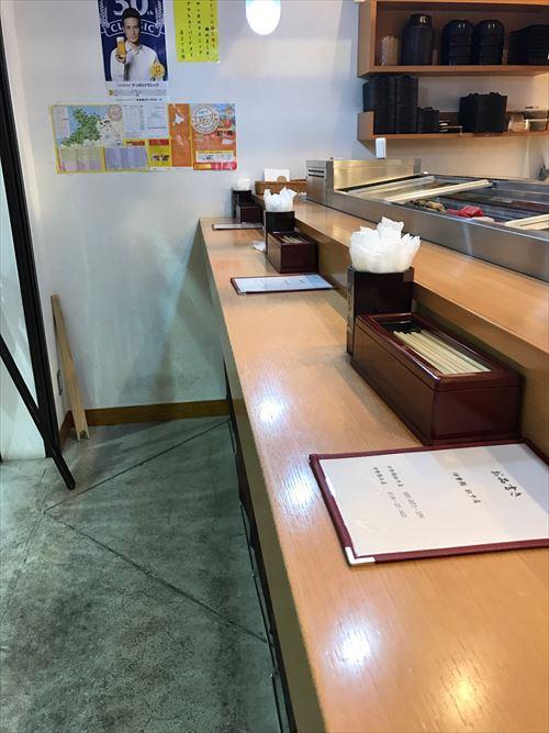 伊勢鮨駅中店 カウンター