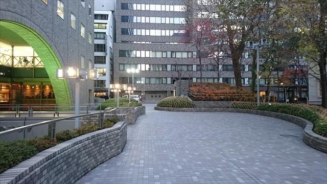 時計台ビル前広場