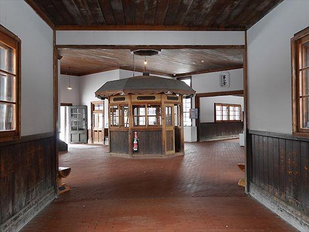 旧網走刑務所 舎房及び中央見張所 内観
