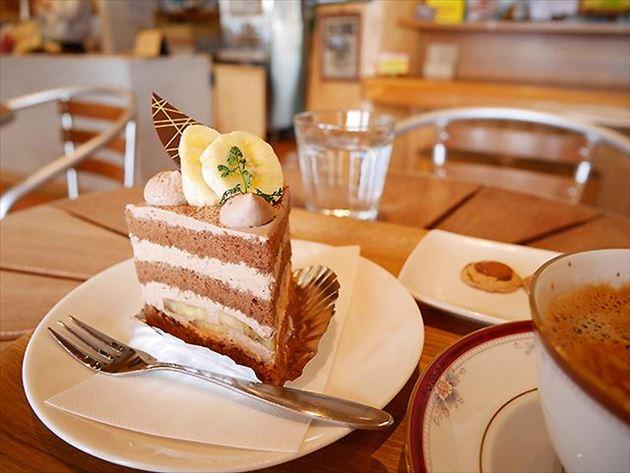 森のケーキ屋さん「café&cake 風花」のケーキ