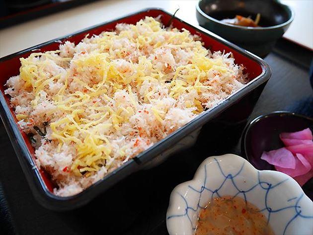オホーツクバザール ずわい蟹飯