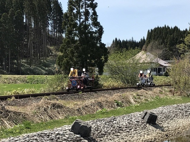道南トロッコ鉄道 足漕ぎトロッコ