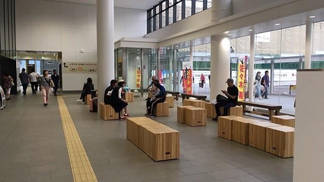 新函館北斗駅構内