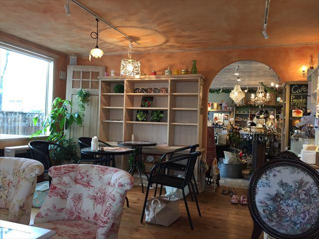 雑貨&カフェ ANSWER TO HOUSE OF DREAM 内観