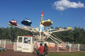 日本最北の観覧車!ファミリー愛ランドYOUで懐かしい遊具と遊ぼう