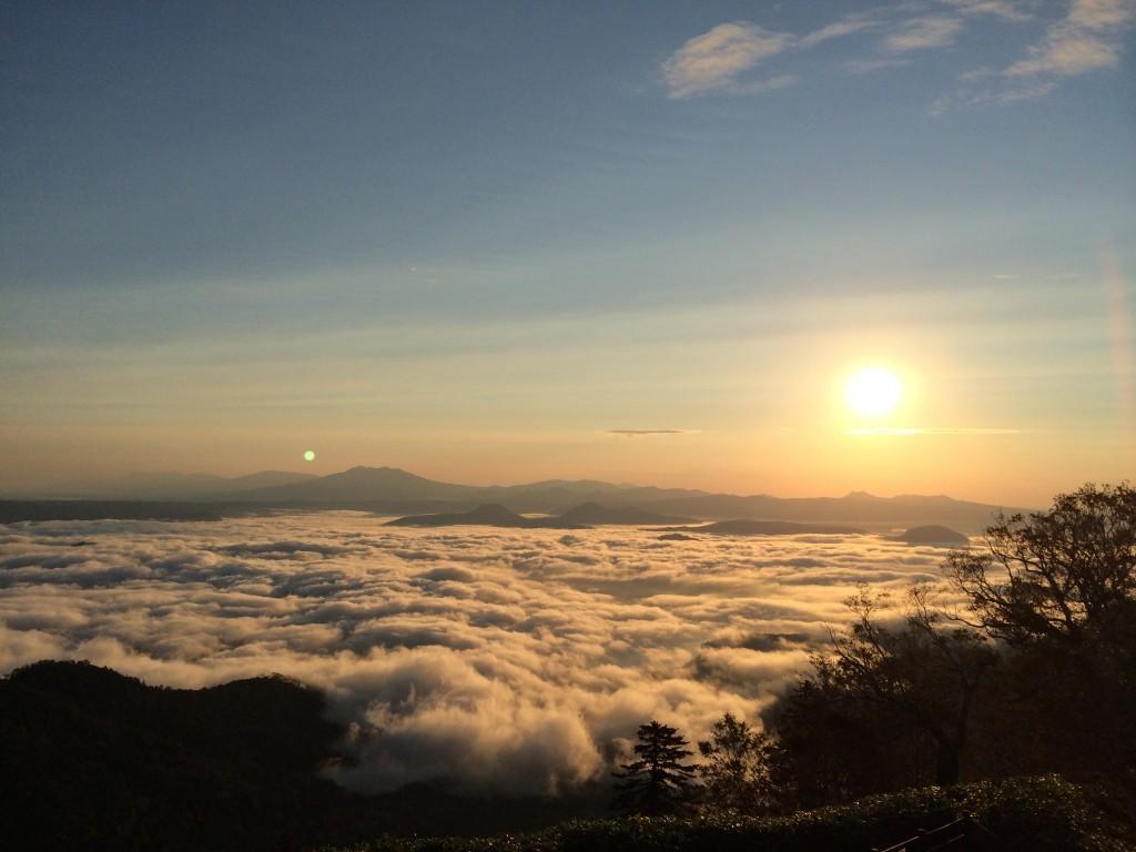 屈斜路湖の雲海イメージ