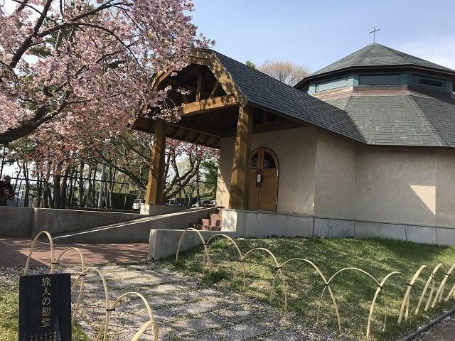 トラピスチヌ修道院旅人の聖堂