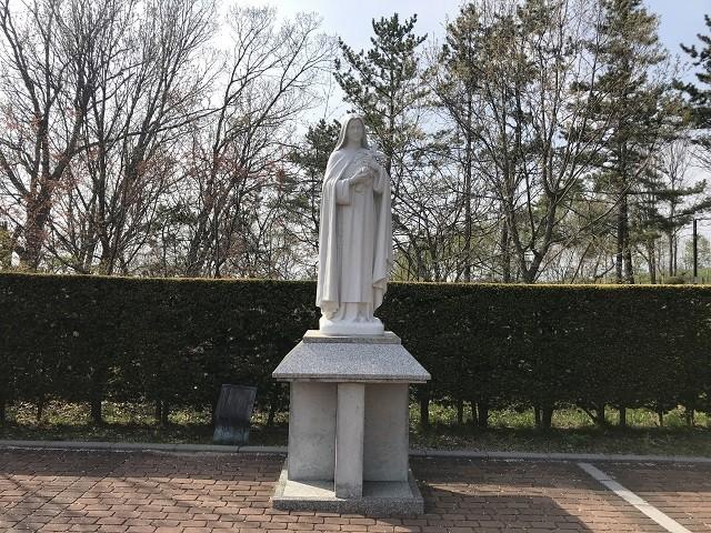 聖テレジアの像
