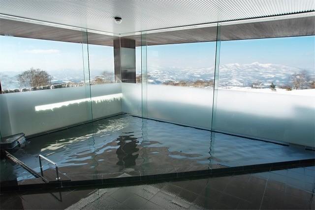 ウインザーホテル洞爺 山泉 石風呂