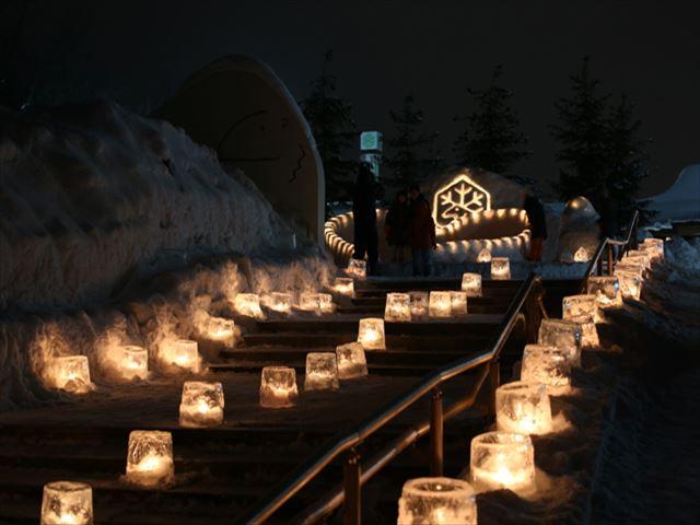 北海道 雪あかりの動物園 氷のキャンドル