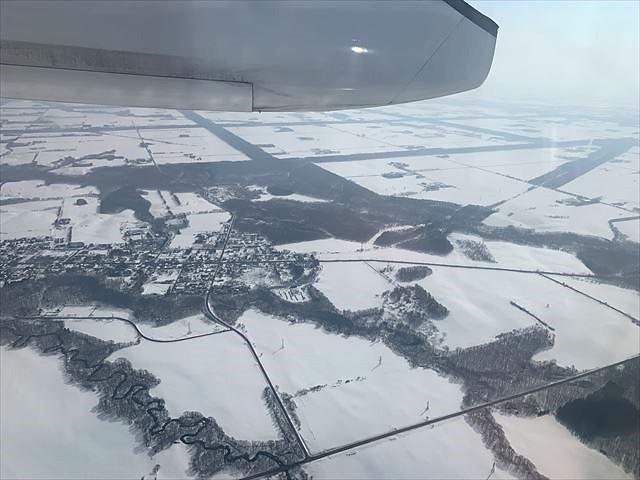 知床 冬 旅行 2泊3日 新千歳から中標津への飛行機の窓から