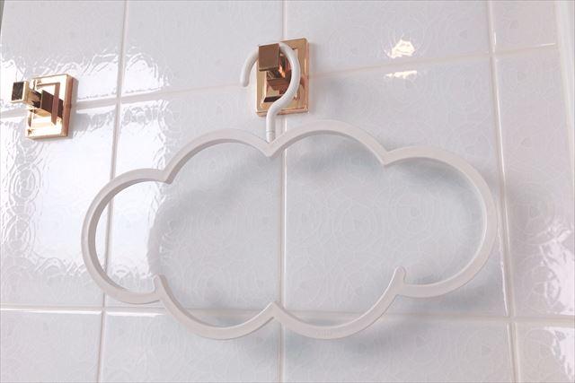 雲ガールステイ 雲のハンガー