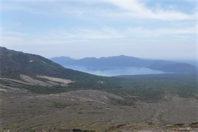 北海道 登山 初級 樽前山 眼下に広がる支笏湖