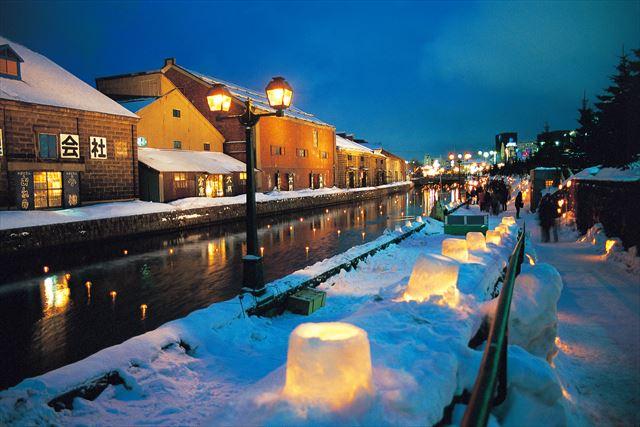 小樽観光 インスタ 小樽雪あかりの路で盛り上がる 夜の小樽運河