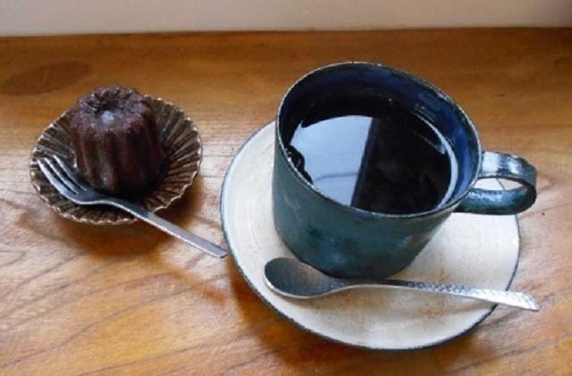 函館 カフェ カフェD'ici ブレンドコーヒー テイクアウトできる焼き菓子