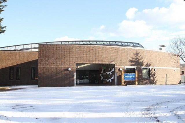 釧路 タンチョウ タンチョウ観察センター 国内唯一の施設
