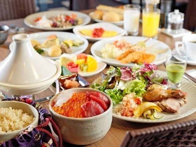 函館 センチュリーマリーナ 世界の港町をイメージした朝食会場 北海道の新鮮な食材をたっぷりと使った体に優しい朝食