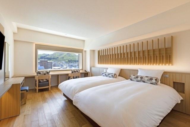 函館 センチュリーマリーナ シンプルな客室 木を基調とした温かみのある部屋