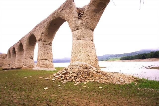 タウシュベツ川橋梁 崩落