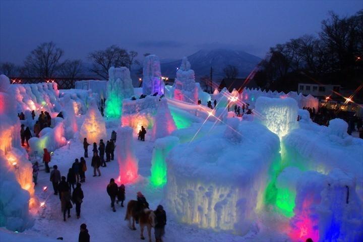北海道 冬 イベント コロナ 支笏湖氷濤まつり