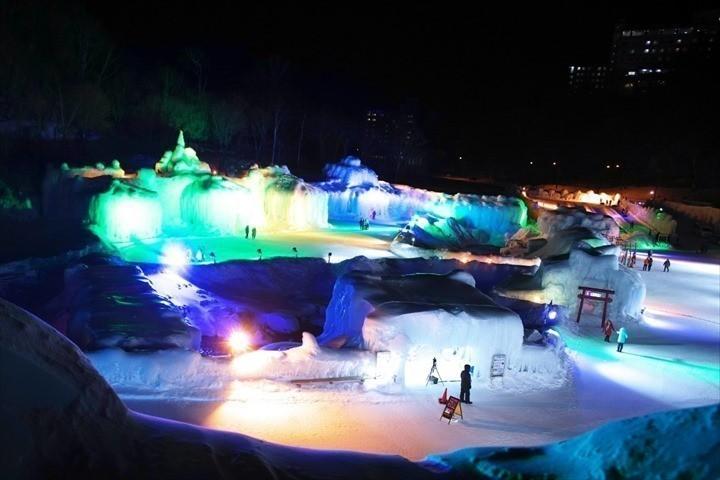 北海道 冬 イベント コロナ 層雲峡温泉 氷瀑まつり
