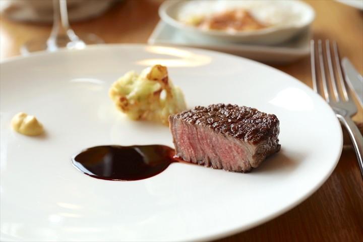 美瑛 bi.ble ビブレ 料理 メインディッシュ 肉